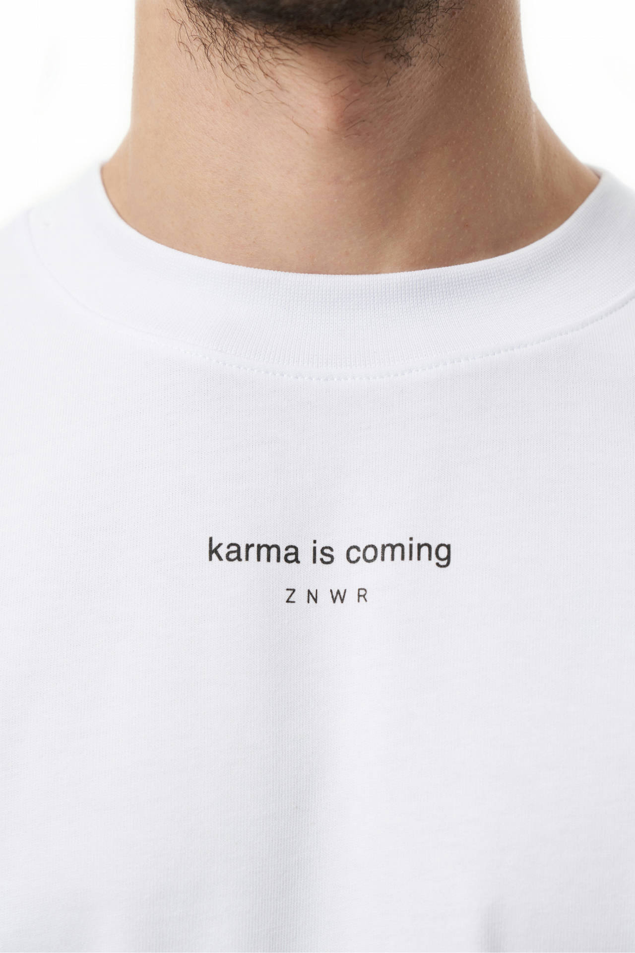 "Футболка  ""karma is coming"""